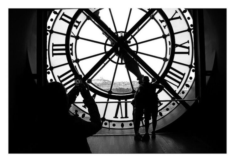 Paris Clock Roman Numeral Time Clock Face Silhouette People Diquattro Lensculture Marcodiquattro The Street Photographer - 2017 EyeEm Awards Parigi The Week On EyeEm Black And White Friday