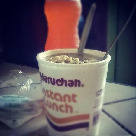 Almuerzo Maruchan  CamaronConChile como cuando estaba en la u!! Hahahaha 👌👍