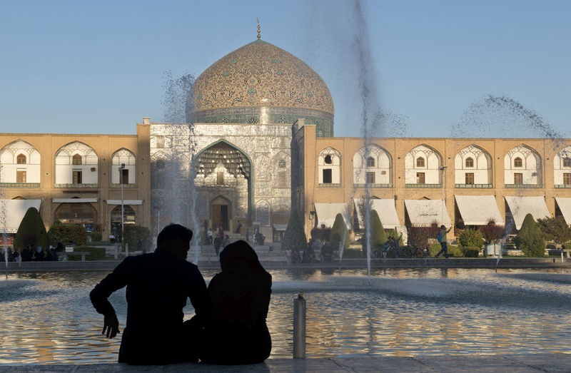 Esfahan. Iran Isfahan,IRAN Naghsh-e Jahan Square Square Architecture Dome History Iran Mosque Sheikh Lotfollah Mosque Silhouette Togetherness Tourism Travel Destinations