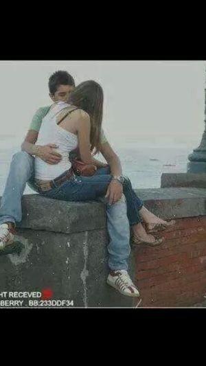 مااروع ان تقول لشخص احبك...والاروع يجيبك قائلا....انه مااحب غيرك...حبيلي مااحب غيرك...