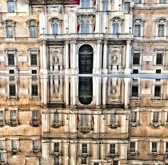 Military Academy of Modena, Italy Italy🇮🇹 Reflections Built Structure Architecture First Eyeem Photo EyeEmNewHere EyeEmNewHere EyeEmNewHere