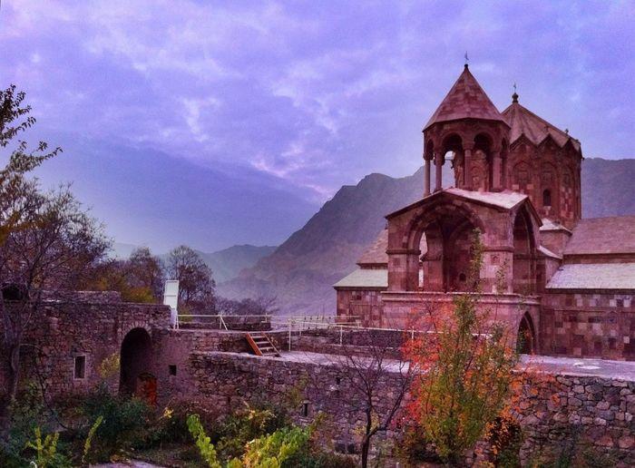 Saint Stephan, Monastery