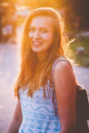 Me Girls Sunset Sungoesdown Smile Models Photography Brunette BlueEyes Summertime