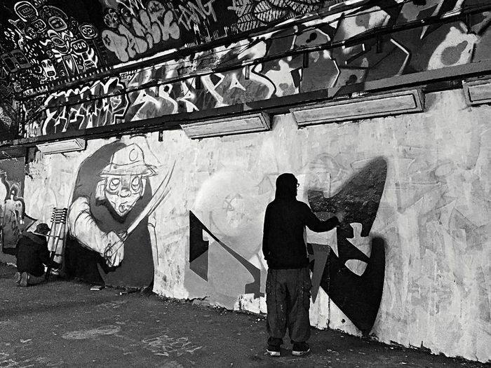 Graffiti Street Art/Graffiti Tunnel Urban Art Graffiti Wall Waterloo Graffiti Tunnel Leake St Finding New Frontiers Black And White Expression Welcome To Black Urban Photography Black And White Photography Street Photography Be Brave
