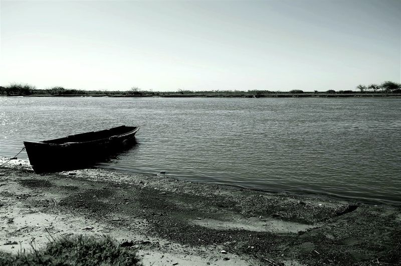 Water Beach Tranquility Reflection Outdoors Sky Beauty In Nature Business Finance And Industry Scenics Nature Day Clear Sky Lake No People Horizon Over Water Salt - Mineral Lost In The Landscape Connected By Travel EyeEmNewHere River Botes Black And White Desapegar Hurry Feeling