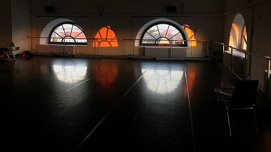 Ballet Studio Arch Window Reflection Orange Color Flooring Arched Tranquility Ballett Ballet ❤ Studio Light Sunset Calm Hannover Hannover Ballet