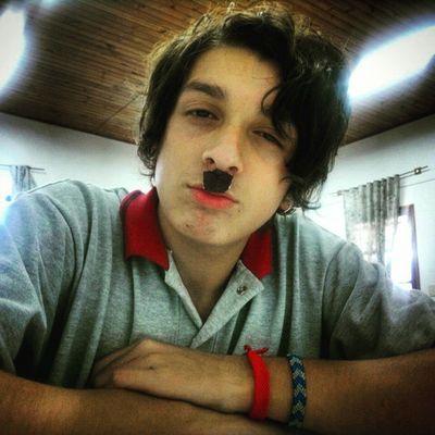 """""""Eres como Rusia, fría y difícil de conquistar."""" -Adolph Hitler- SeñorHitler MuyPorno ComoSeDebe Bigotito"""