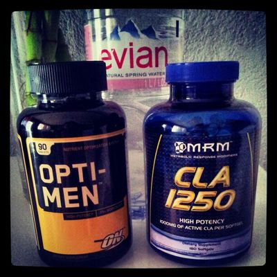 POPPING Pills lol ... Cla Optimen fit fitness workout health healthy supplement energy Newbody resolution vitamins food gym instafit instapower