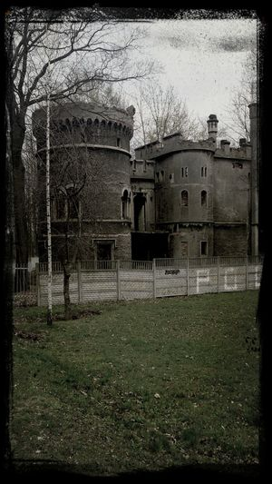wonderful ruins of palace <3