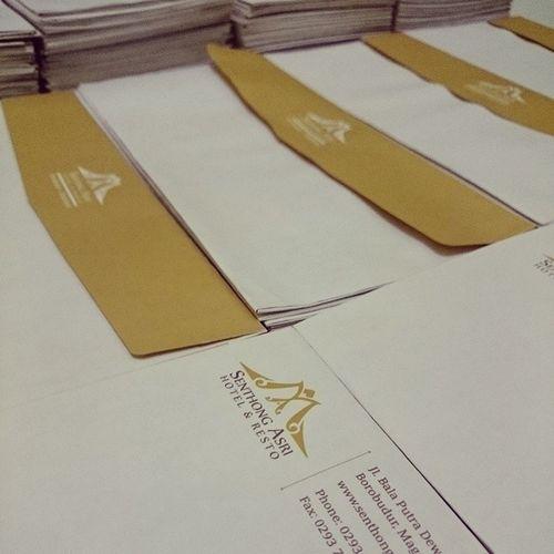 Senthong Asri emvelope Flinkstudio Senthong_asri Branding