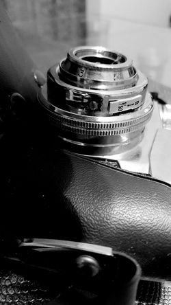 Old My Old Camera Hello World EyeEm Gallery EyeEm Best Shots Leather Case December People Watching Beautiful Eye Em Best Shots Old No People 1977 Eye Em Around The World Phone Edited Eye Em My View Night View