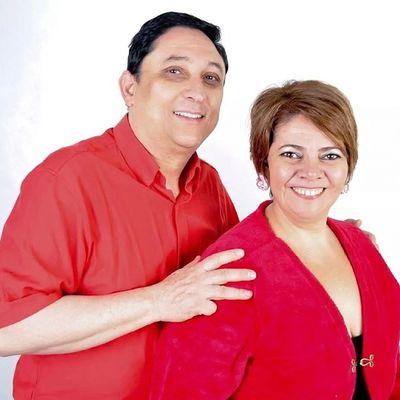 Tivemos a grande honra de receber na inauguração do estúdio nossa querida Dilma, e seu querido amigo Lula... HAUHAUHAUHA :B Dilma Lula Photocomedy Studio