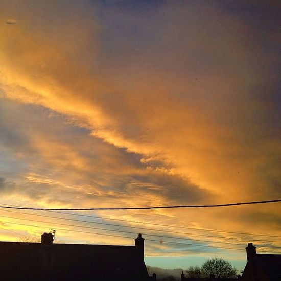 The autumn sky telling us winters on its way. Time to get the kettle on. Autumnsky Fireinthesky Clouds Sunset Wintery