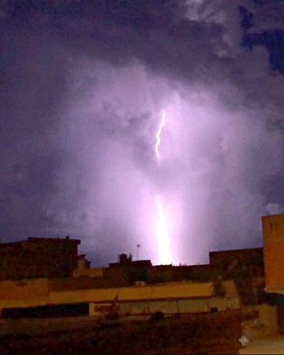 Lightning ⚡️⚡️ ,, Ligth And Shadow Light Lights Lightning Lightning Storm Lightning And Thunder Lightning at night 🙊🙊