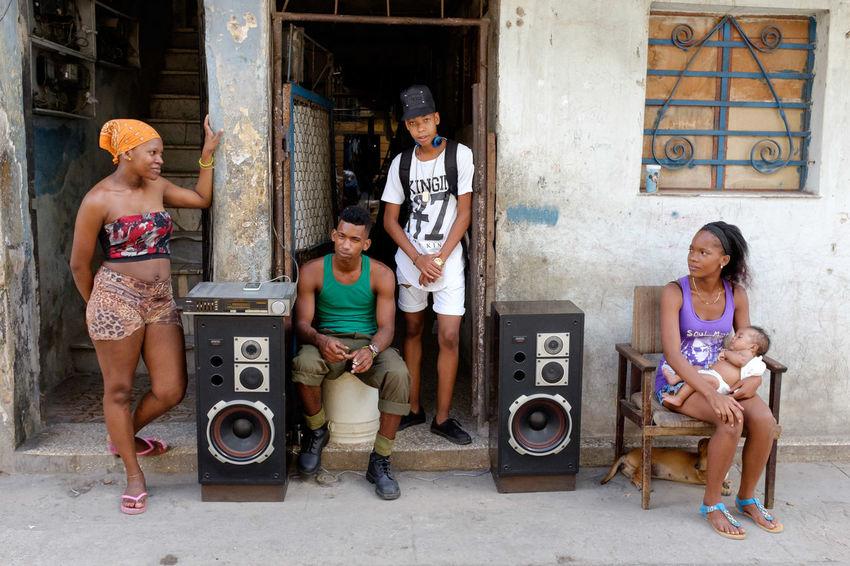 Streetphotography Street Photography The Street Photographer - 2016 EyeEm Awards Cuba Havana Havana Cuba Natural Light Portrait Feel The Journey