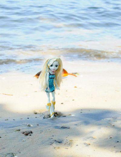 Doll Doll Photography Monster High Doll Blond Hair Water Portrait Beauty Beach Full Length Motion Sand Long Hair