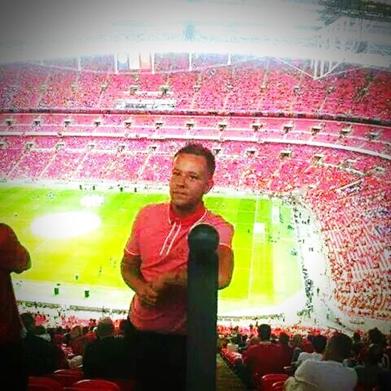 Button Up That's Me Colourful Enjoying Life Manchester United Wembley Stadium