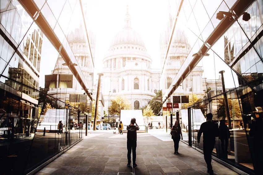 Showcase: February Exploring St. Paul's with @thomssond Streetphotography Exploring EyeEm Check This Out London Taking Photos Cool Taking Pictures City EyeEm Best Shots Open Edit OpenEdit Colors Perspectives