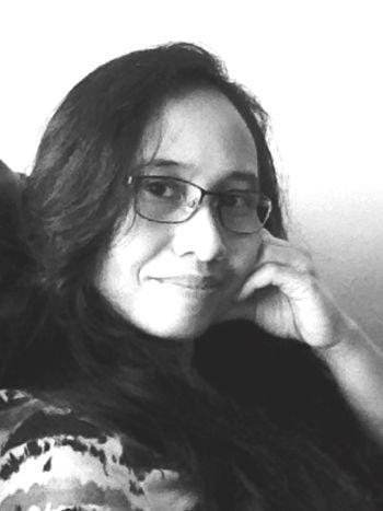 Glasses Glasses :) Spectacles Black Glasses Geeky Nerdgirl Blackandwhite Photography Glassesgirl