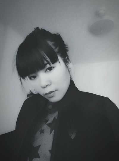 Nothing was fun to go out and enjoy the hot weather here. really?!? Blackandwhite Asian  Asiatic  Asianwoman Girl Nomakeup Nomakeupselfie Darkside Brightside Taking Pictures Revit  Jacket Black