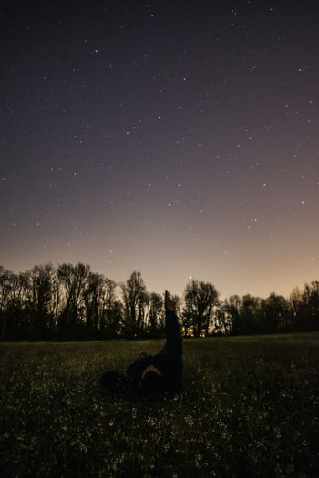 Ma le stelle quante sono? Long Goodbye Star - Space Astronomy Sky Beauty In Nature Nature Tree Tranquil Scene Outdoors Photo Of The Day Picture Of The Day People My Friend One Person Constellation Landscape Skyscape Love Stars 🌟🌠 Nikon Italia Night Star Field The Great Outdoors - 2017 EyeEm Awards Place Of Heart The Great Outdoors - 2017 EyeEm Awards