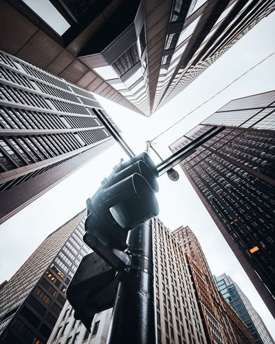 Chicago look up Perspective Architecture Chicago Sony Architecture Built Structure Building Exterior Low Angle View City Office Building Exterior 17.62° Tall - High Skyscraper Building Day Tower No People Modern Road Signal Outdoors Sky Streetwise Photography