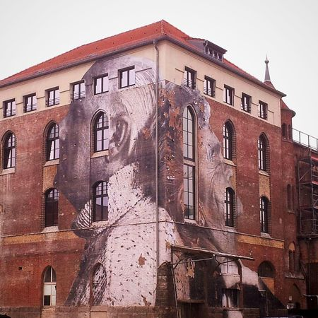 beautiful Paste Up by Jr in Friedrichshain! Berlin, du bist immer wieder so schön bunt. btw Fuck Off Mediaspree! Streetart