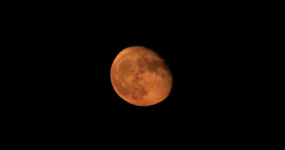 Moon Moonlight Zie De Maan Schijnt EyeEm Moon Shots Maan  Taking Photos Moon Shots EyeEm Best Shots - Nature
