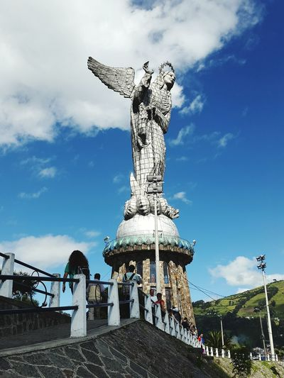 El Panecillo - Ecuador. AllYouNeedIsEcuador Enjoying Life Relaxing Naturelovers Goodvibes Amazing Ecuador 593 Travel Moments Blue Wave
