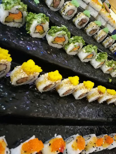 Time to eat Sushis Dinner Fresh Fish Japanese Food Lunch Rice Sushi Sushi Lover Food Restaurant Retaurant Sliced Fish Sushi Time