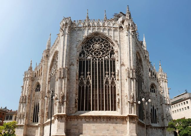 Happy Sunday 😊🖖🌞 Architecture Doumo De Milano Backside Milan Travel Destinations Vacation Destination Tourist Attraction  City Place Of Worship Religion History Façade Sculpture Sky Architecture Building Exterior Catholicism Gothic Style Christianity