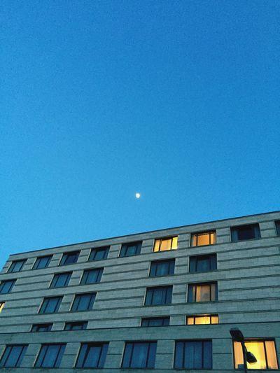 moon light rooms