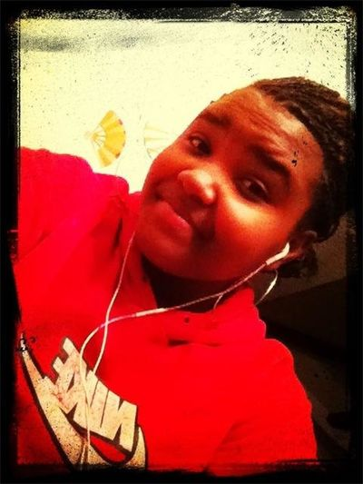 Chillin Finna Go To My Sissy House