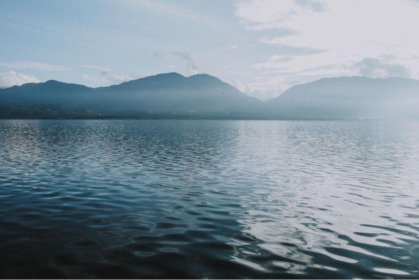 Danau Singkarak, 2018 Cloud - Sky Mountain Range Rippled Nature No People Idyllic Day Lake Outdoors Non-urban Scene Reflection My Best Travel Photo