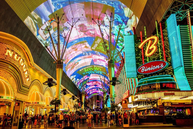 Vegas Freemont Street Bright Lights Travel Destinations Golden Nugget Casino Hotel