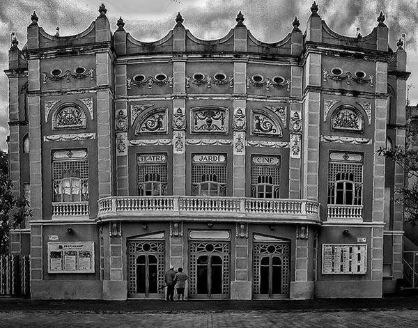 Teatre El Jardí, Figueres. Teatro Teatre  Figueres Figueras Eljardi Ciné Girona Gerona Barcelona Catalunya Cataluña Byn