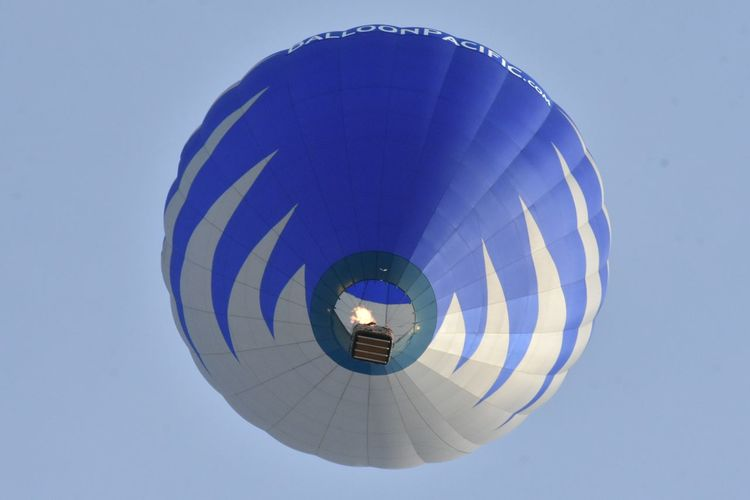 Hot Air Balloon Low Angle View Blue Sky Outdoors Architecture Building Exterior Day Hot Air Balloon City