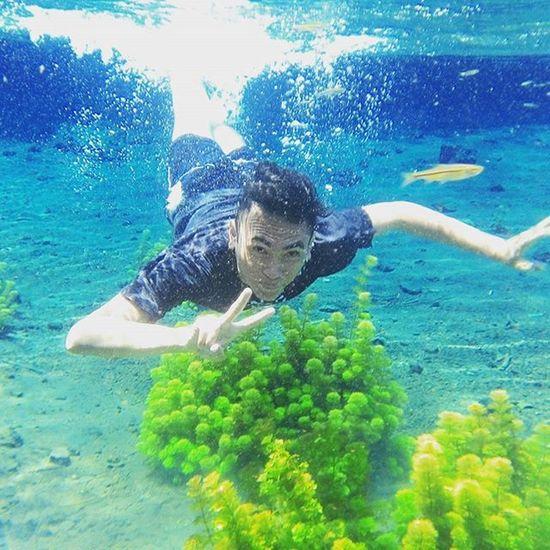 Slulup disik ae vroh ben gak panik 😅😅 Exploremalang Malang Sumbersirah Photomalang Ngalamkipa Underwater Indotravellers Ayodolan