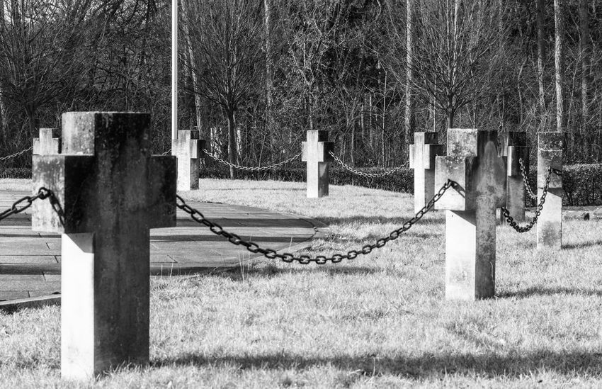 Berlin Berlin Photography Berliner Ansichten Black And White Blackandwhite Cemetery Cemetery Photography Cemetery_shots Crucifix Daytime Graveyard Graveyard Beauty No People Outdoor Photography Outdoors Schwarzweiß