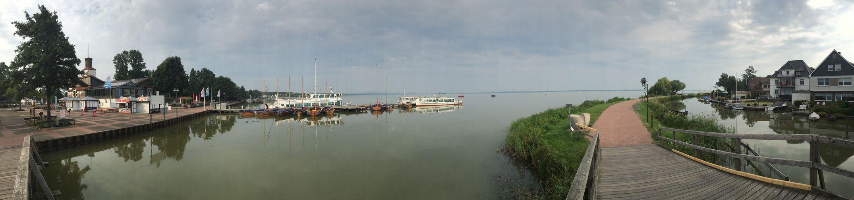 Die Promenade am Steinhuder Meer. Steinhude-am-meer.de - Dein Meer-Foto Steinhuder Meer Wilhelmstein  Pier