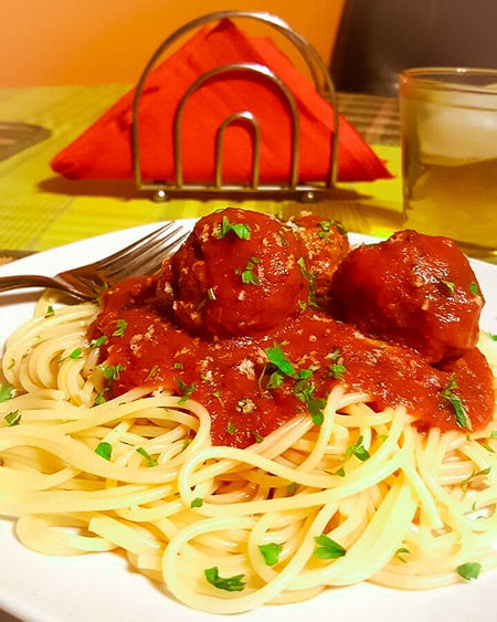 Foodphotography Spagetti And Meatballs