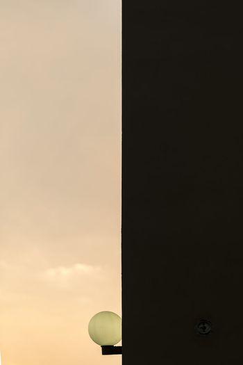 #EyeEmNewHere #eyembestshot #The Week On EyeEm #EyeEmSelects #minimalist #minimalism #lamp #theweekoneyeem Technology Sunset Communication Astronomy Sky Architecture Built Structure Building Exterior Cloud - Sky Office Building Satellite Satellite Dish