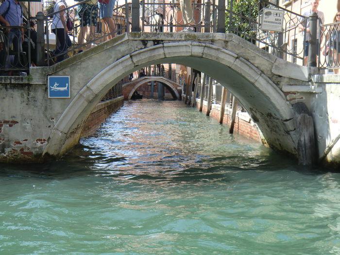 ## #canal #Venice #Venezia #Italy #Italia #Europe @suninvenice
