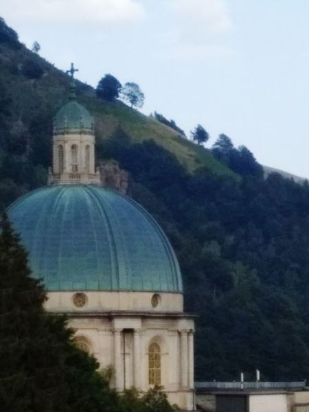 Cupola chiesa nuova di Oropa Dome Architecture Built Structure Religion History Tree Travel Destinations Day Outdoors Building Exterior Mountain No People Sky Summer 2017 🏊🌞 Biellese. Freshness Chiesa Nuova Di Oropa High Angle View Scenics Landscape Architecture Tranquility