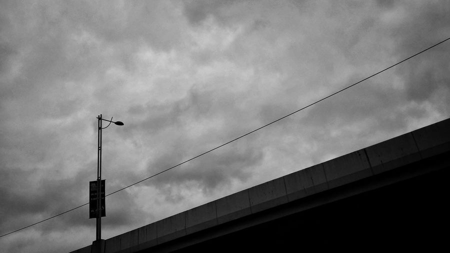 Starting A Trip Traveling Streetphotography Blackandwhite Urban Taking Photos Cityscapes Sky And Clouds Check This Out Walking Around The City  Sky_collection Popular Photos Eye4photography  Urban Geometry From My Point Of View Cellphone Photography Discover Your City TakeoverContrast Streetphoto_bw