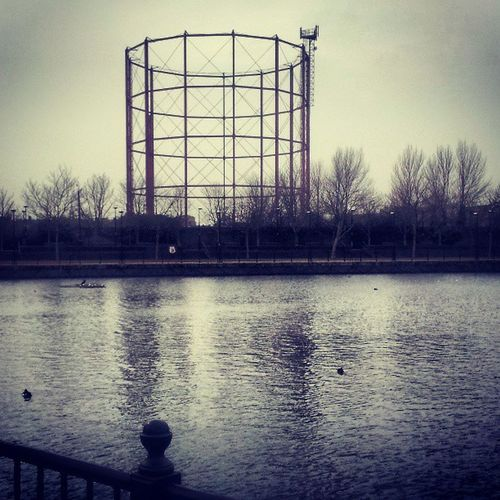 Rotherhithe Surreywater Docks Docklands gasometer trees selondon selondonforever