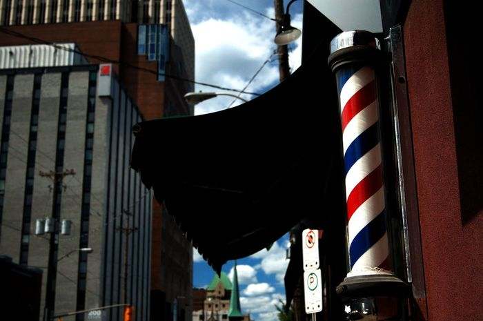 Barber Pole Barber Shop Elgin Street Downtown Ottawa Ontario Canada The City Light