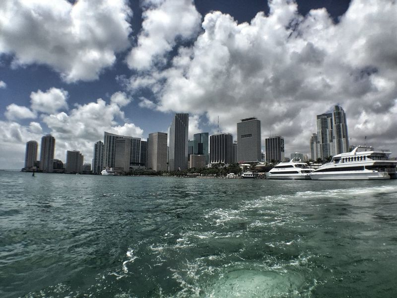 Skyline Miami Yachts Luxury