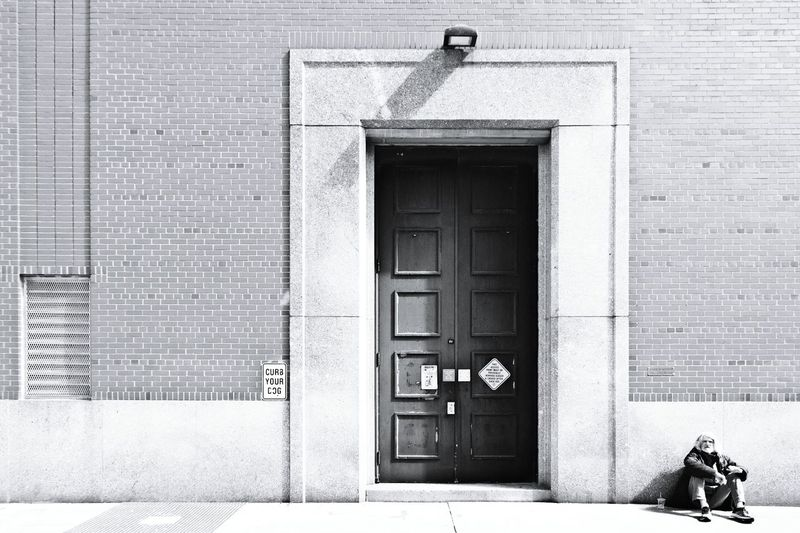 Architecture Built Structure Building Exterior Day Outdoors New York City New York Door Doors Doorway Homeless Homeless Person Homeless Man Homelessness  Monochrome Photography Monocrome Black & White Monochromatic Black And White Photography