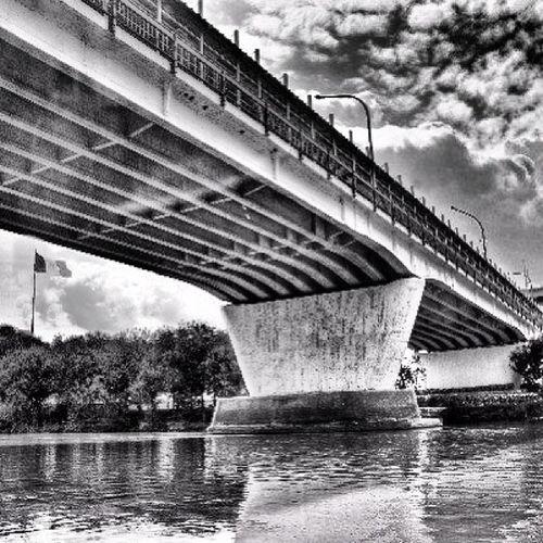 Mexico Laredo LaredoTx Bridge nuevolaredo